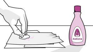 comment enlever un chewing gum simplement en 3 tapes. Black Bedroom Furniture Sets. Home Design Ideas